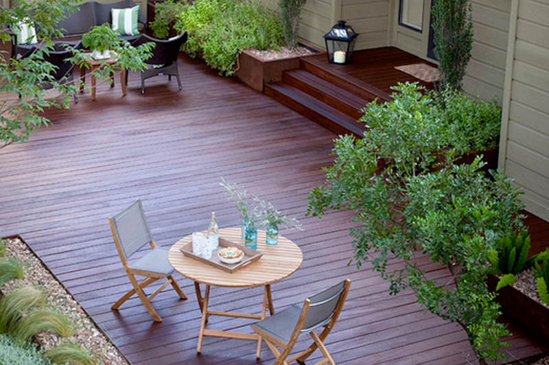 How to stain a deck