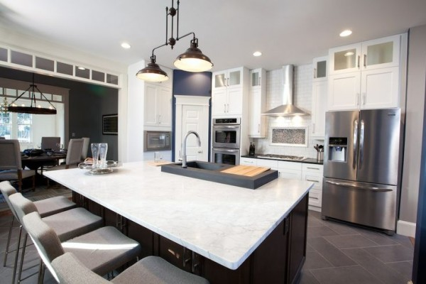 Selecting granite countertops for a kitchen remodel